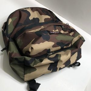 EASTPAK Padded Travell'r CAMO *NEW*